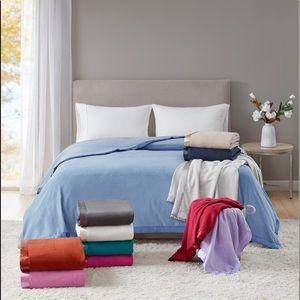 Martha Stewart Soft Queen Fleece Blanket Blue
